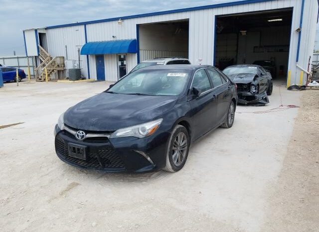 2015 TOYOTA CAMRY LE full